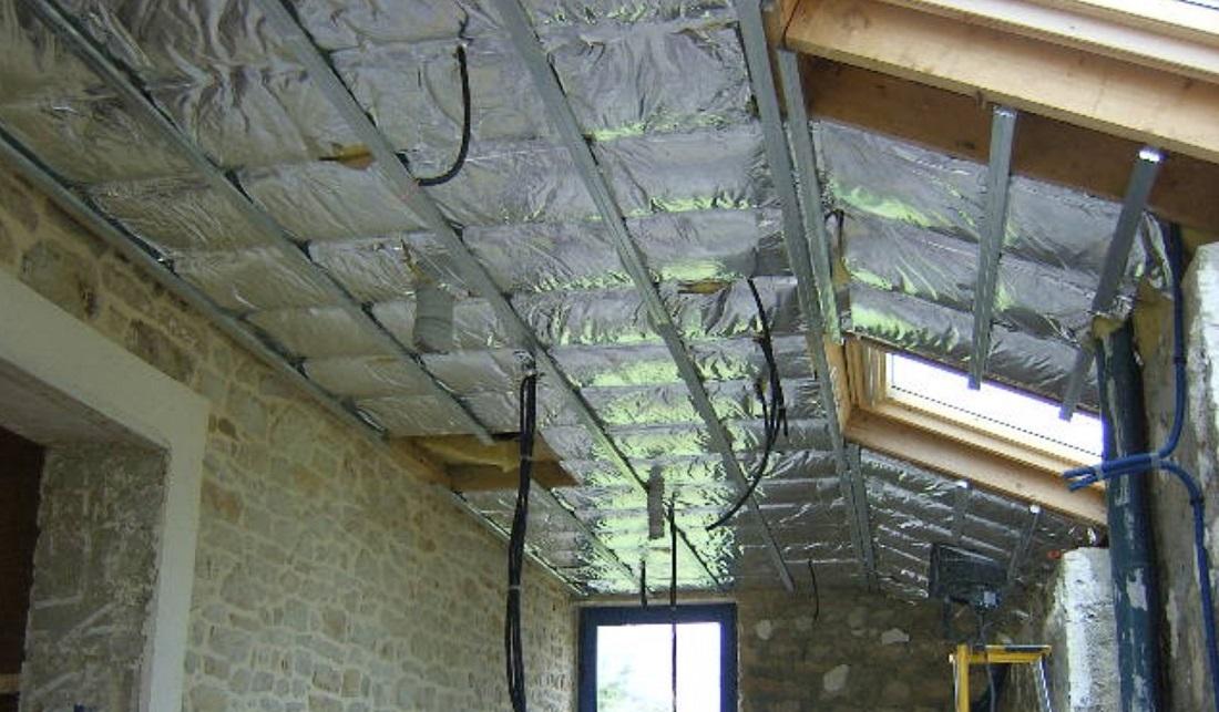 Isolation par l 39 int rieur for Isolation toiture par l interieur